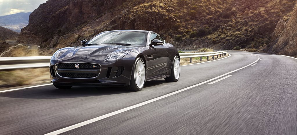 Jaguar F-Type updated with AWD and manual