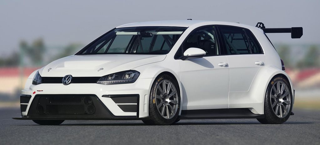 VW unveils mental Golf racer