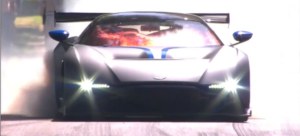 VIDEO: Aston Martin shows us the Vulcan's a burnout beast