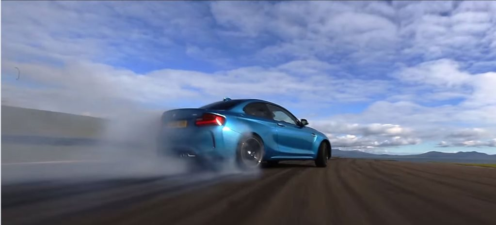 BMW M2 drifts Anglesey
