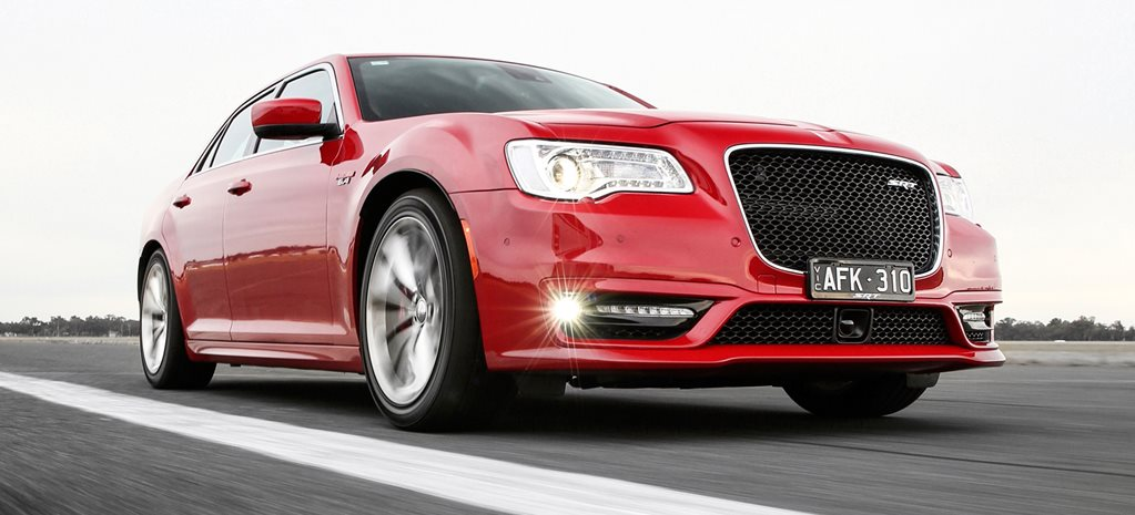 Chrysler 300 SRT review