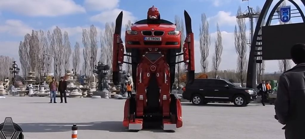 Real-life BMW 3 Series Transformer
