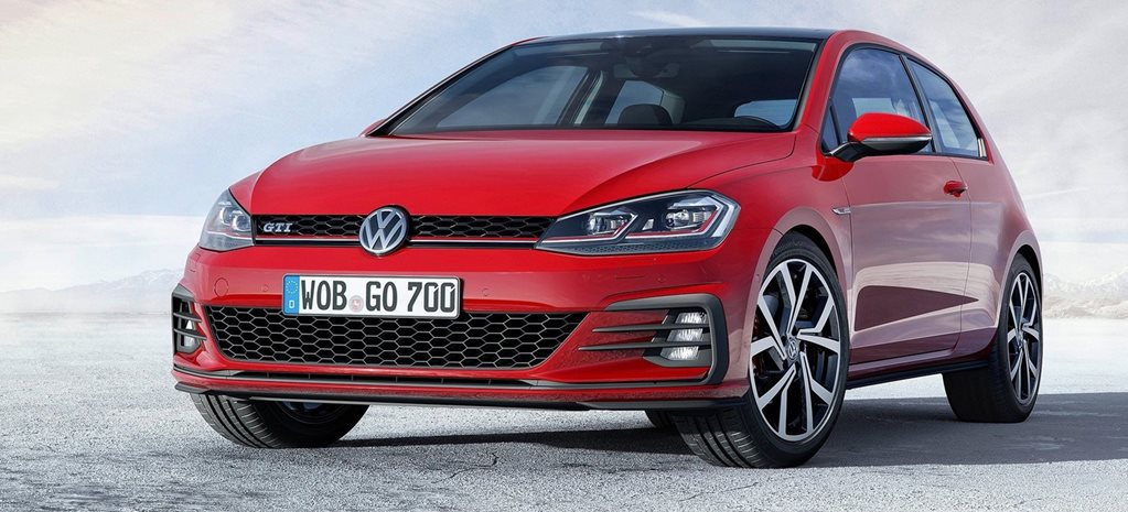 2017 Volkswagen Golf GTI adds 180kW manual