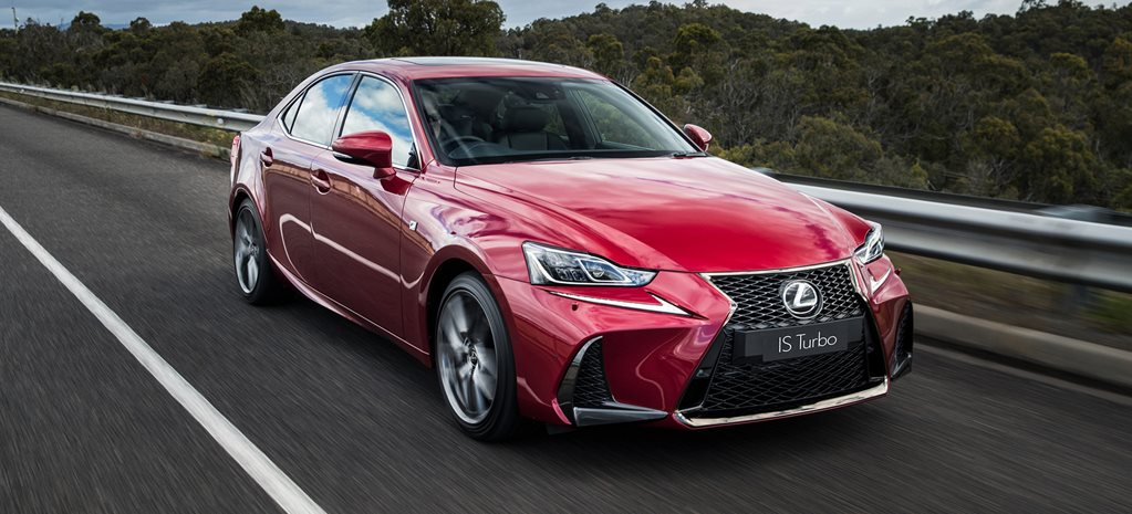 2017 Lexus IS sedan review