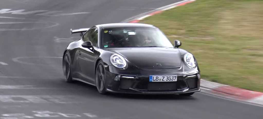 Porsche 991.2 GT3 revives manual gearbox
