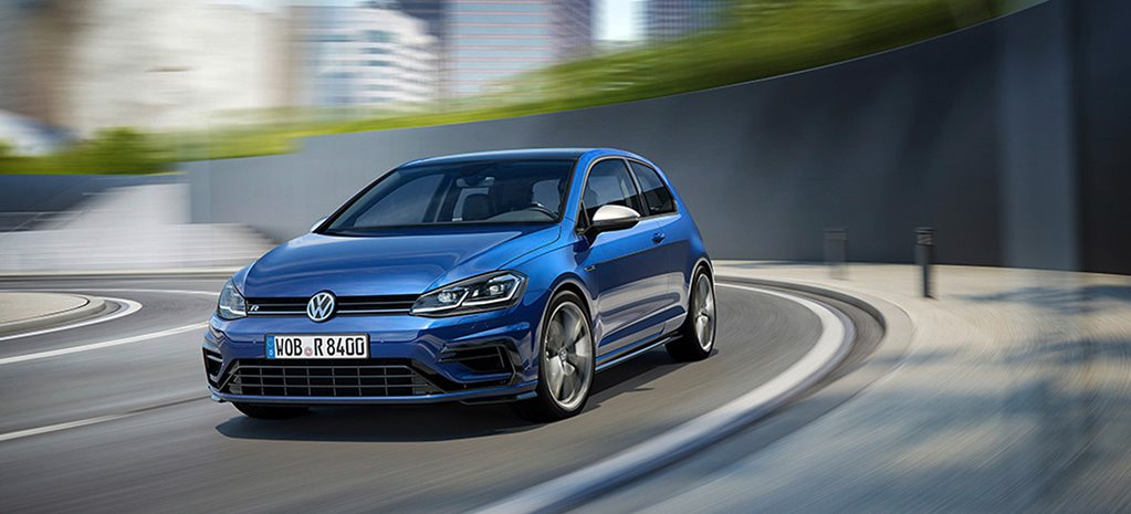 Updated 2017 Volkswagen Golf R revealed