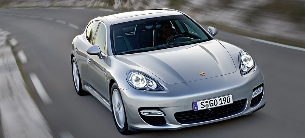 2010 Porsche Panamera turbo main