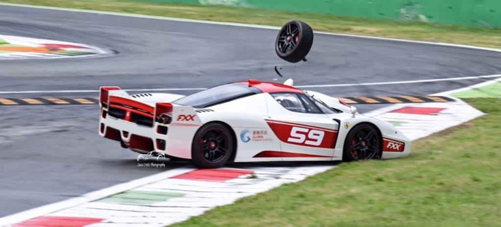 Ferrari FXX Evoluzione crashes at Monza