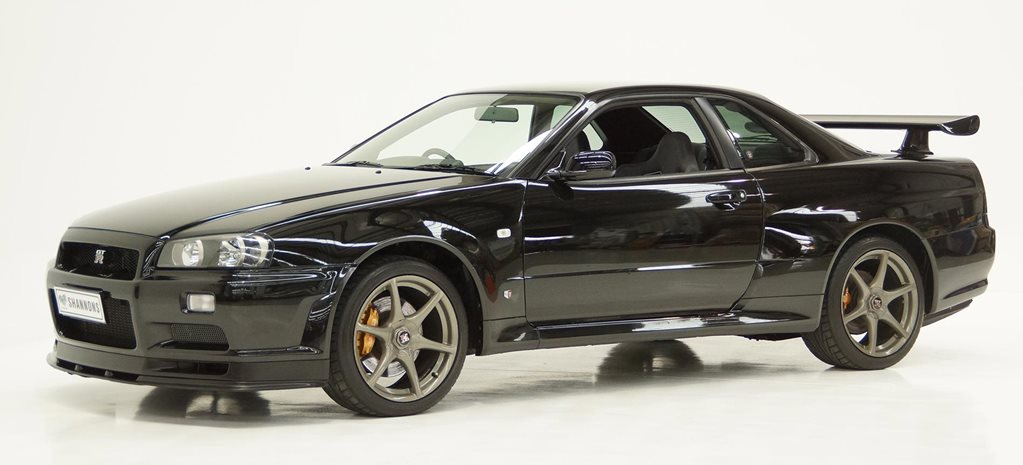 Nissan Skyline GTR V Spec duo hits auction R34 news
