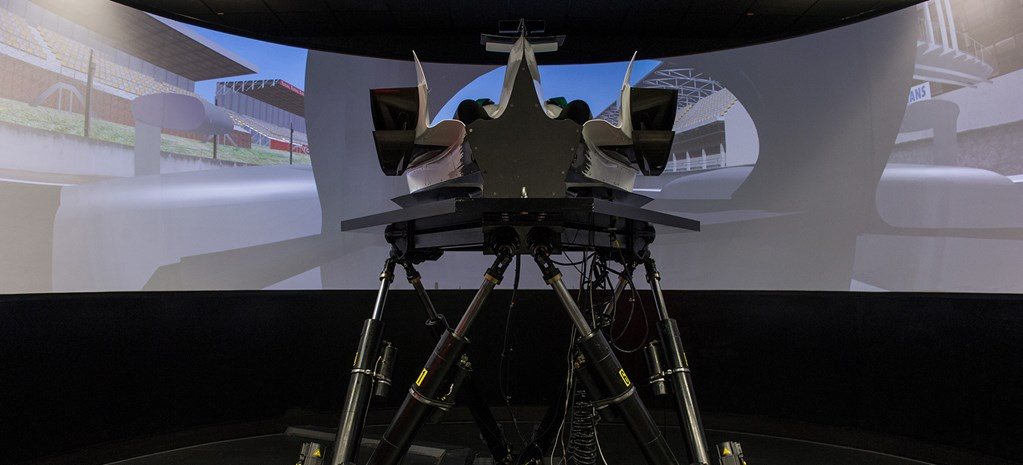 First Fang: Toyota's F1 Simulator