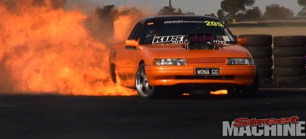 VIDEO: WORLD'S BIGGEST BURNOUT FIRE!