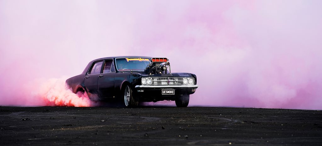 HOW TO MAKE COLOURED BURNOUT SMOKE