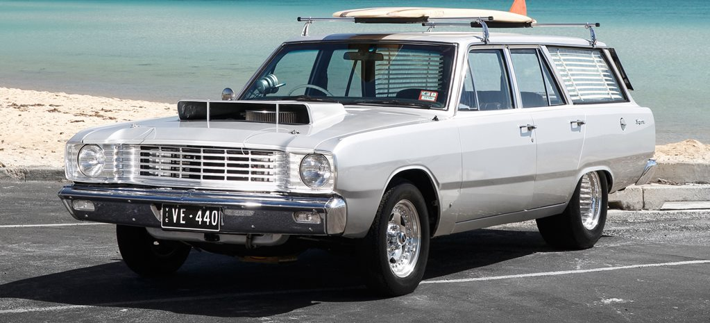 BIG BLOCK-POWERED VE VALIANT WAR WAGON