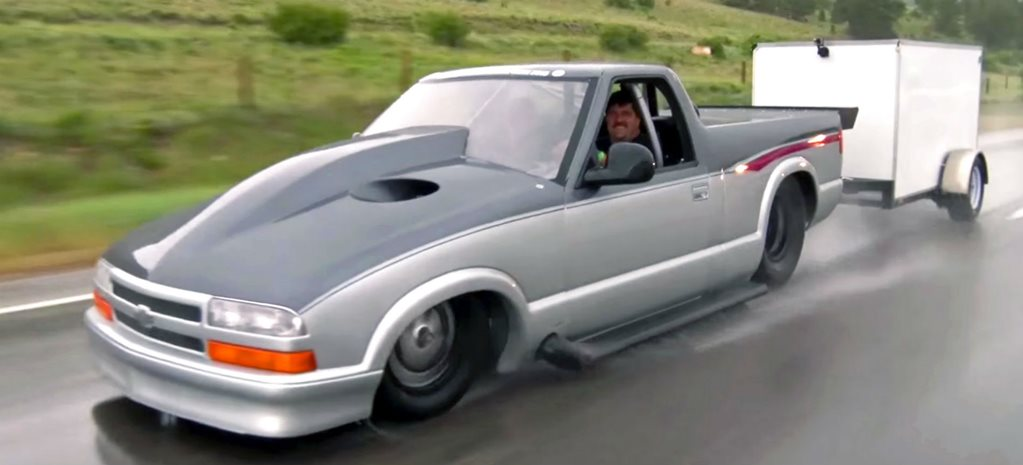 VIDEO: WORLD'S QUICKEST STREET CAR – 3000HP MONSTER!