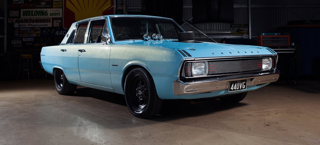 440-CUBE CHRYSLER VG VALIANT : READER'S CAR OF THE WEEK