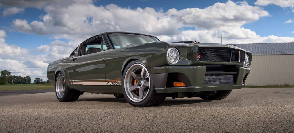 SEMA 2015: RINGBROTHERS REVEAL CARBON-BODIED '65 MUSTANG WITH LS7
