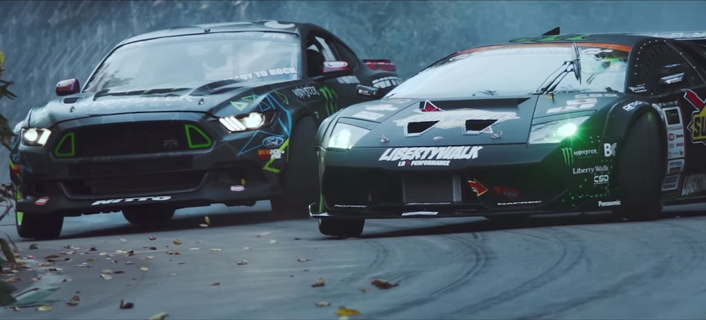 VIDEO: 2015 MUSTANG VS LAMBORGHINI DRIFT BATTLE