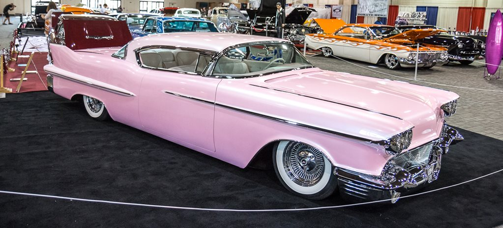 USA BUCKET LIST: GRAND NATIONAL ROADSTER SHOW