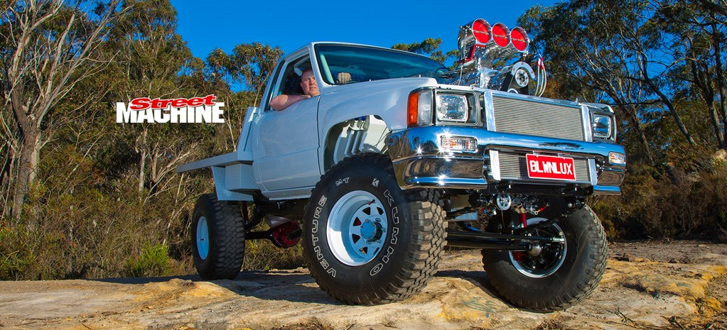 TOYOTA HILUX PACKING A BLOWN & INJECTED 540-CUBE BIG-BLOCK CHEV
