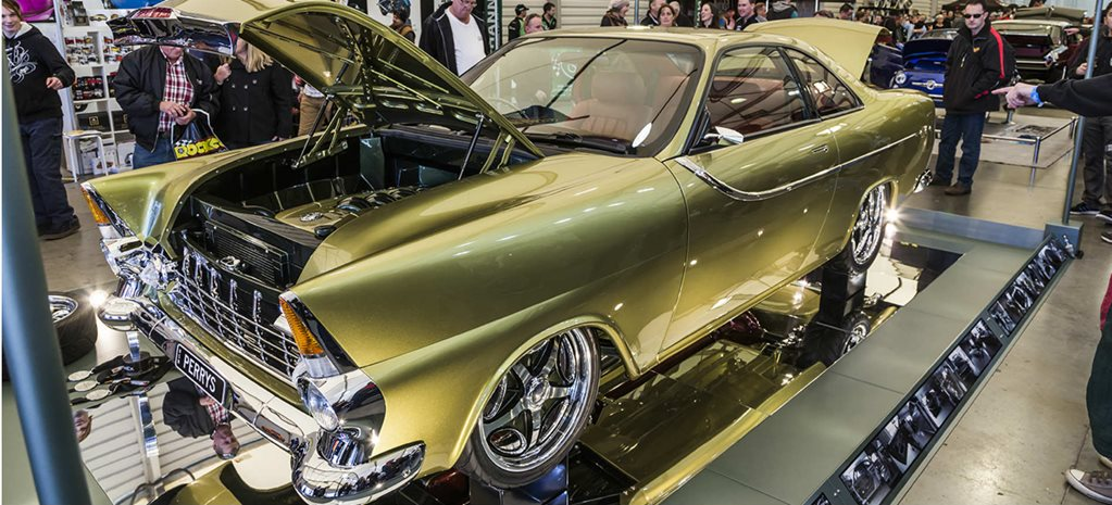 TAILSPIN TWO-DOOR FB HOLDEN DEBUTS AT MOTOREX - VIDEO