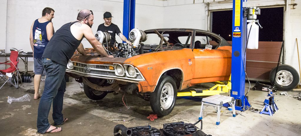 AUSSIE CHEVELLE CLOSES IN ON HOT ROD DRAG WEEK