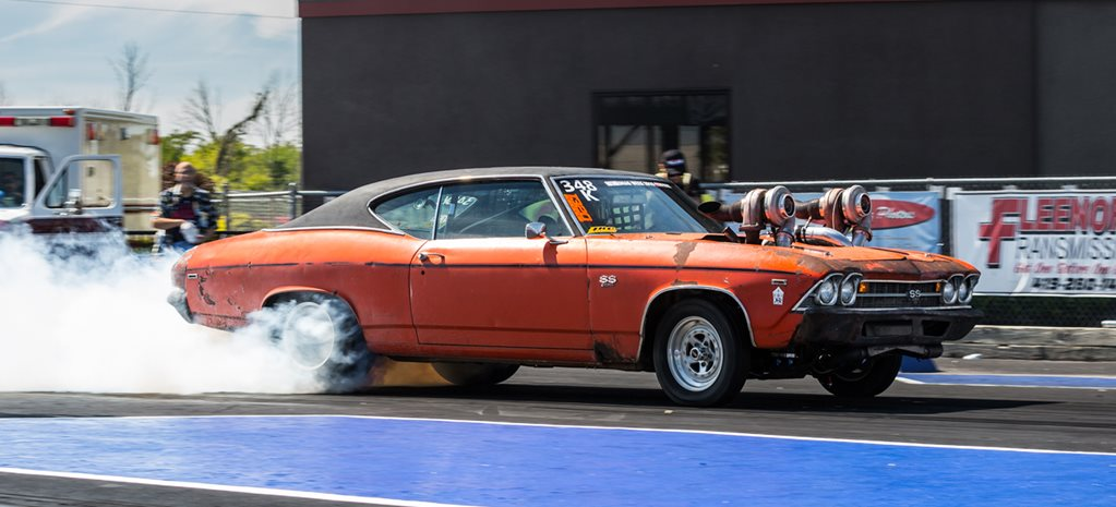 THE AUSSIES AND MORE: DRAG WEEK DAY TWO