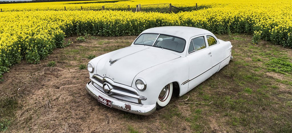 CHOPPED 1949 FORD TUDOR SINGLE SPINNER IN THE BUILD