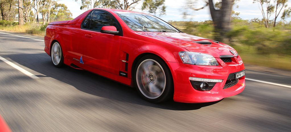 BLOWN MANUAL 6.2-LITRE HSV MALOO AT DRAG CHALLENGE