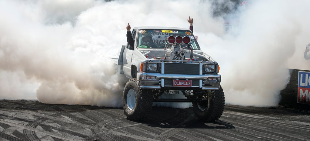 STREET MACHINE SUMMERNATS 30 BURNOUT MASTERS PREVIEW – VIDEO