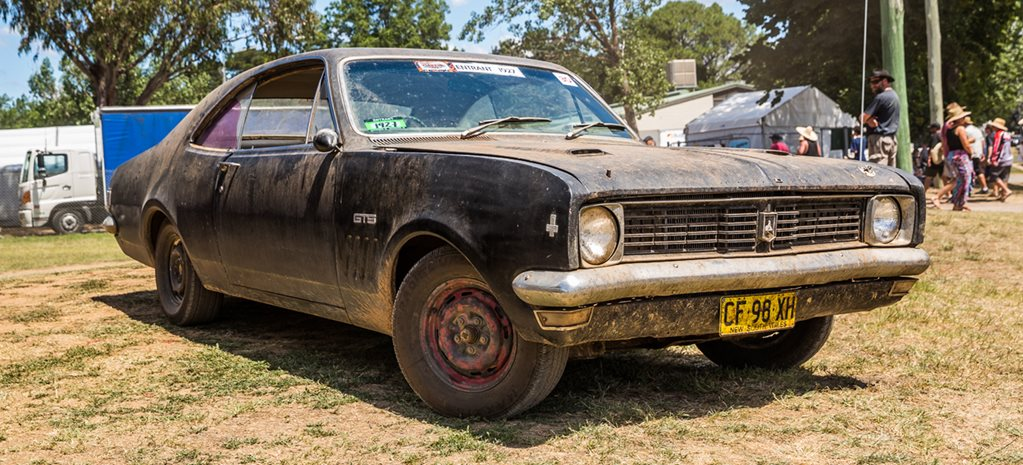 BARN FIND HK HOLDEN MONARO AT STREET MACHINE SUMMERNATS 30