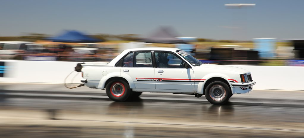AUSTRALIA'S QUICKEST STREET CAR HDT275 RUNS 7.37@186MPH