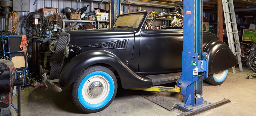 239CI FORD FLATHEAD V8: MILL OF THE MONTH