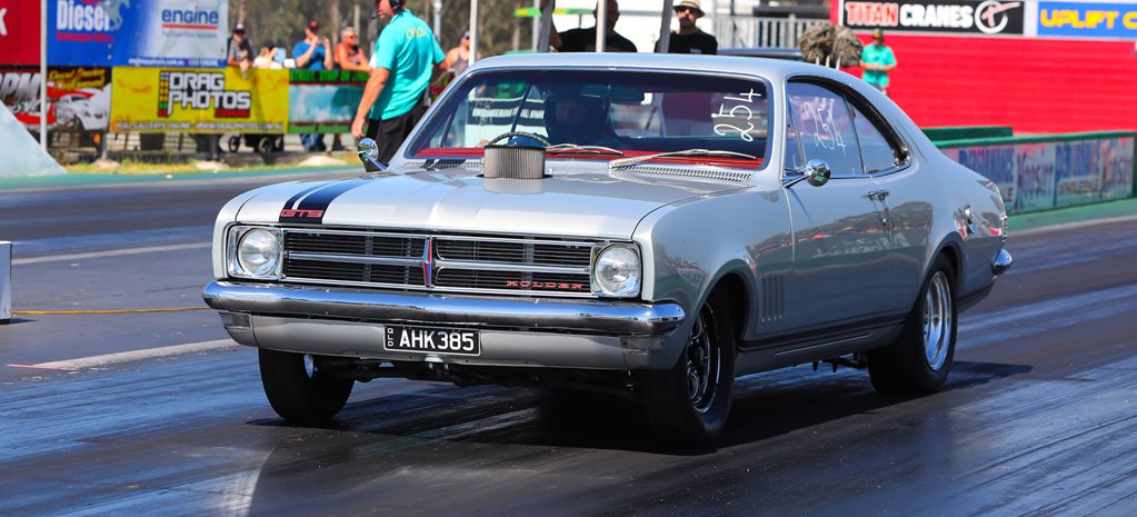 HK Holden Monaro wide