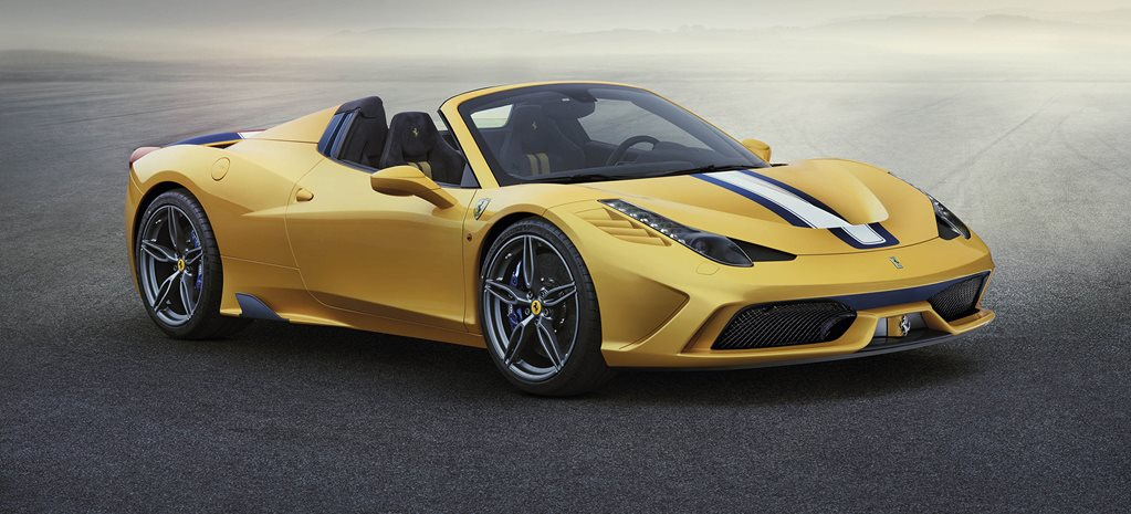 Ferrari 458 Speciale A shows off ahead of Paris show