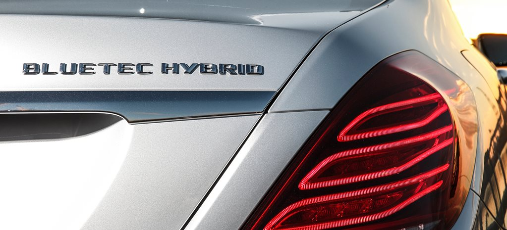 Mercedes amps up plug-in hybrids