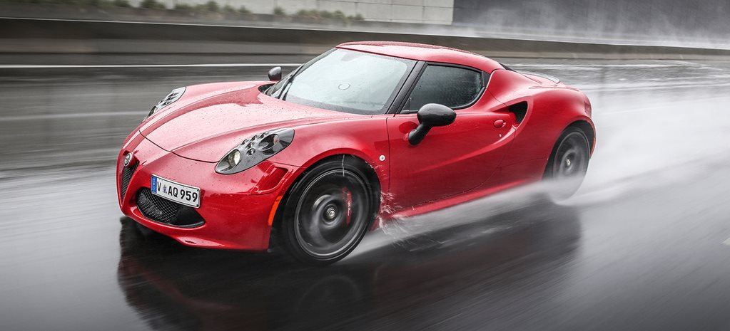 2015 Alfa Romeo 4C review
