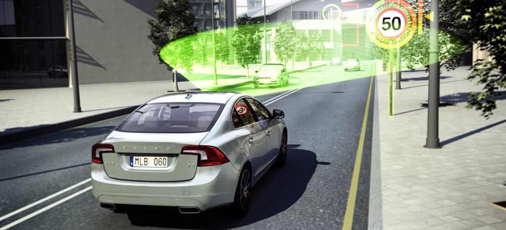 Volvo to keep hit-and-miss speed limit detector
