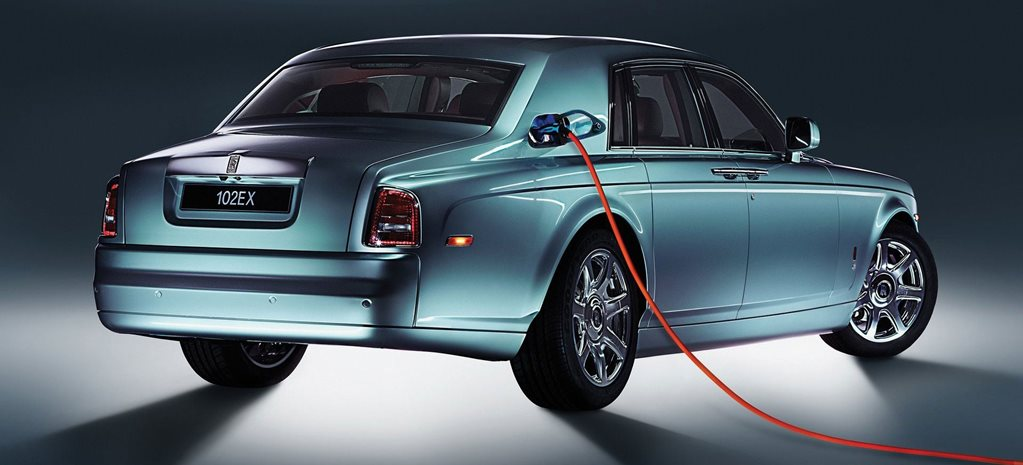 Rolls-Royce customers want V12s, not hybrids