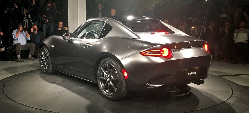 2016 New York Motor Show: Mazda MX-5 RF revealed