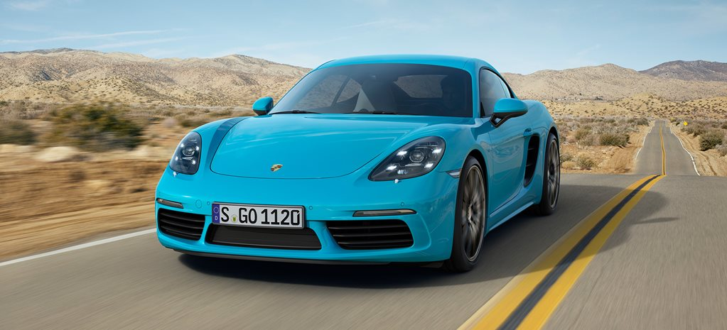 2017 Porsche 718 Cayman revealed