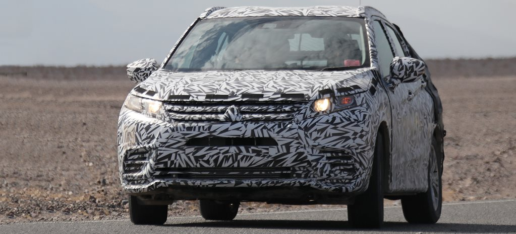 Mitsubishi's new midsize SUV spied during testing