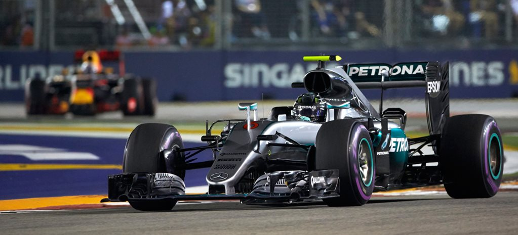 Nico Rosberg wins 2016 Singapore Grand Prix thriller ahead of Daniel Ricciardo