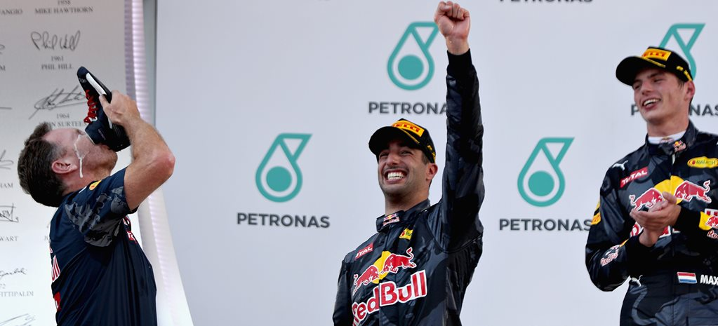 Daniel Ricciardo wins Malaysian Grand Prix, shoeys ensue