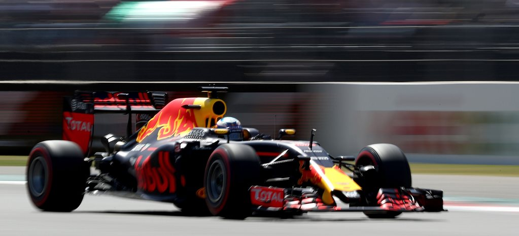 Daniel Ricciardo finishes third in Mexico F1 GP after penalty-fest