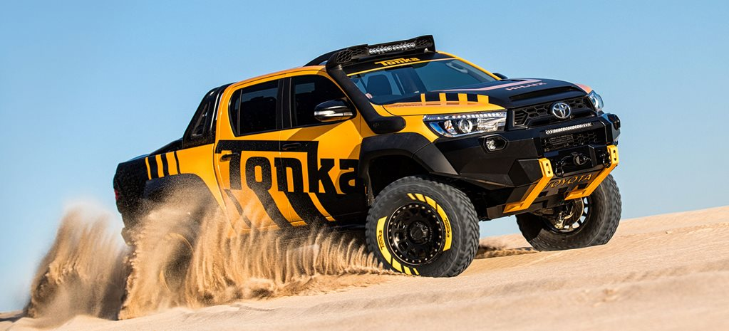 HiLux_Tonka_Action_Wide