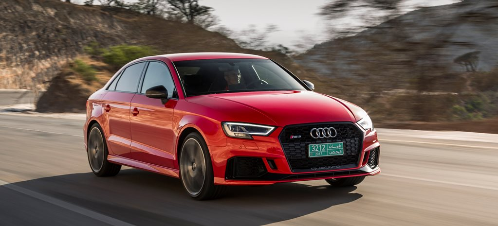 2017 audi rs3 sedan front side action2