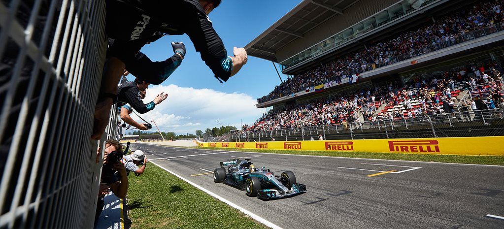 Hamilton conquers all in Spain in F1 thriller