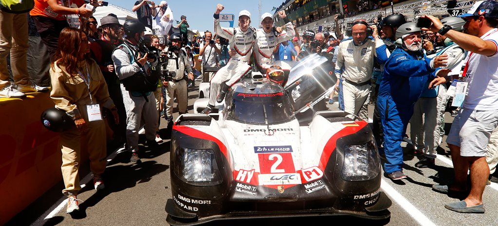 Le Mans winning Porsche wide