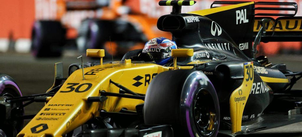 Young Australian engineer wins dream job with Renault F1 team
