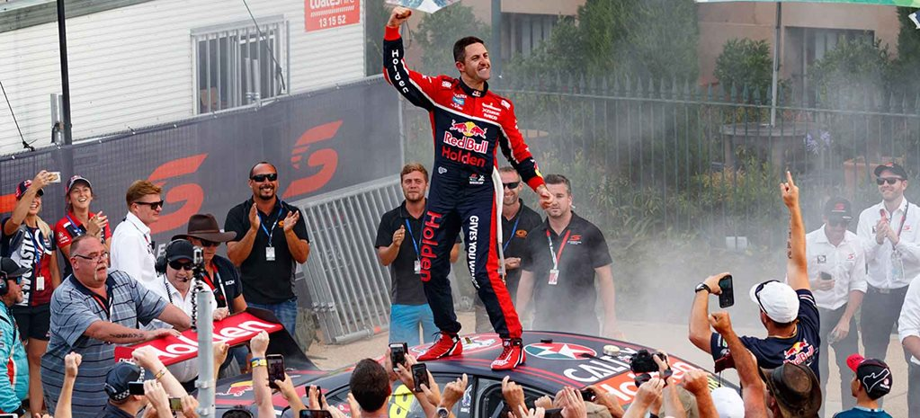 Jamie Whincup wins Newcastle Supercars 5_wide.j